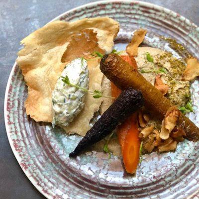 Carote di Polignano arrosto e hummus di lenticchie